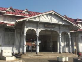 浜寺公園駅