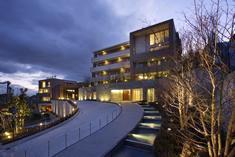 集合住宅の照明デザイン。暮らしに近い場所でのあかりの提案もおこなっている